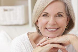 Denture vs implants