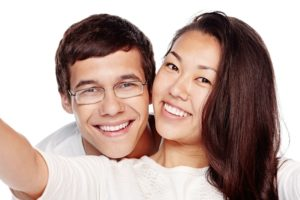 Could Professional Teeth Whitening Help Your Smile?